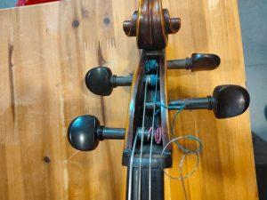 大提琴調音